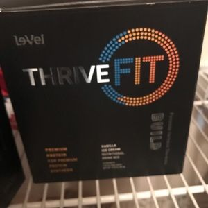 Other - THRIVE FIT BUILD